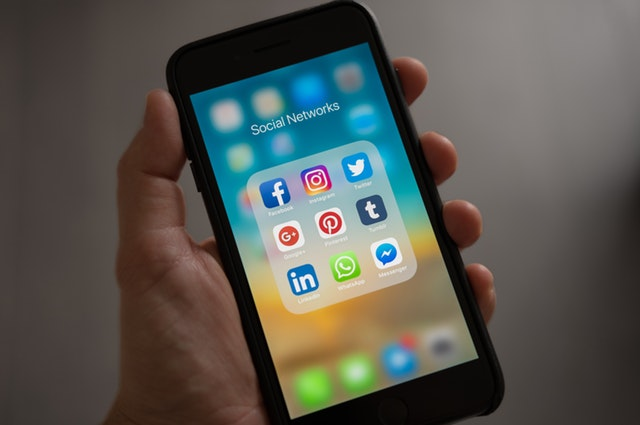 Understanding the Role of Organic Vs Paid Social Media